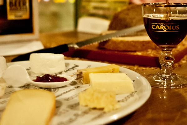 Gouden Carolus bier met kaas
